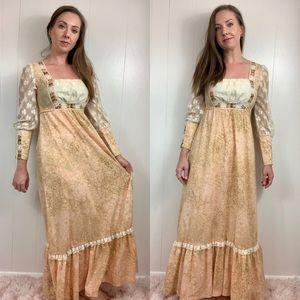VINTAGE Vicky Vaughn Boho Floral Maxi Dress